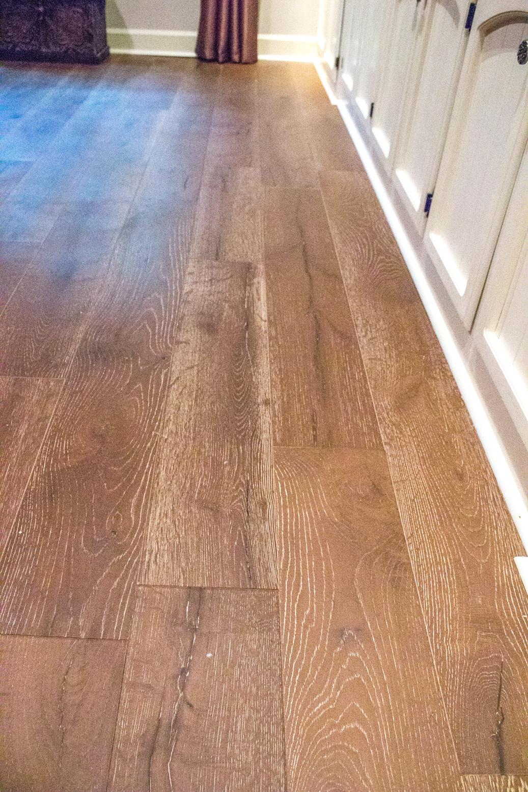 solid depot wood hardwood sq flooring p wide rustic the home floor ft in bruce varying x farm antique hickory timbers vintage case length